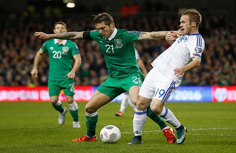 22 منتخباً يتأهلون إلى نهائيات كأس أوروبا 2016
