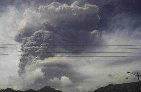 رماد بركاني يغطي جزيرة سانت فنسنت