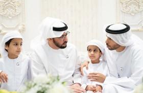 حمدان بن زايد يزور محمد المنصوري