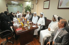 محاكم دبي تستقبل وفداً من النيابة العامة في دبي للاطلاع على أفضل الممارسات في مجال تطبيق رسوم الخدمات والإجراءات