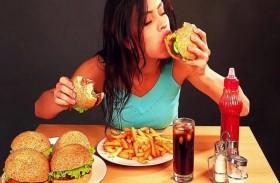 العزل الصحي لماذا يقودنا للإفراط في تناول الطعام؟
