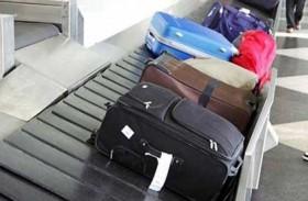 غضب لرمي حقائب المسافرين في المطارات