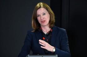 استقالة كبيرة أطباء اسكتلندا بعد خرقها قواعد كورونا