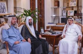 حاكم عجمان يستقبل مدير عام مشروع  المختصر في تفسير القرآن الكريم