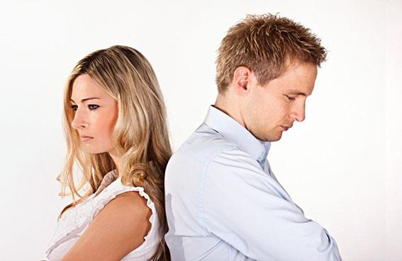 كيف تعرفين إذا كان زوجك يحبك أم لا؟