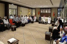 الأولمبية البحرينية تحتفي بفوز رئيسها ببطولة العالم للرجل الحديدي