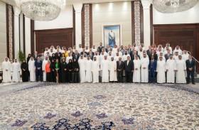 محمد بن راشد ومحمد بن زايد يستقبلان مجموعة رعاة الأولمبياد الخاص «أبوظبي 2019»