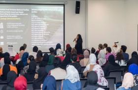 طلبة وخريجو جامعة عجمان يتطوعون في إكسبو 2020