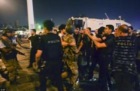 ناجون من سجون أردوغان يروون معاناتهم