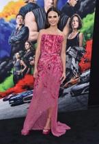 الممثلة الأمريكية جوردانا بروستر تصل إلى العرض العالمي الأول لفيلم F9: The Fast Saga في هوليوود.ا ف ب