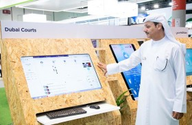 محاكم دبي تستعرض مبادرة «نبض الإيجابية» و «التدريب باستخدام الذكاء الاصطناعي» في معرض جيتكس 2018