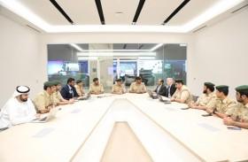 مشروع حقائب آمنة يمثل شرطة دبي في مبادرة «في دبي نتعلم»