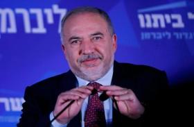 ليبرمان شعبوي يعادي اليهود المتشددين والعرب