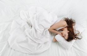 تمارين بسيطة لاستعادة الهدوء في موعد نومك