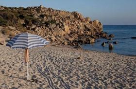 السجن 6 سنوات بعد سرقة رمال من الشاطئ