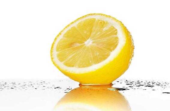 الليمون يقلل من شيخوخة الجلد