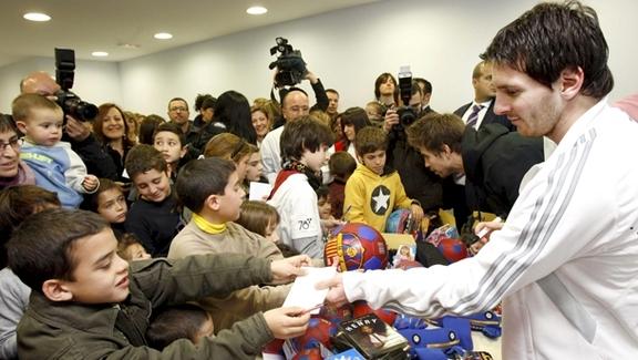 هبة من ميسي لمشفى أطفال بـ600 ألف يورو