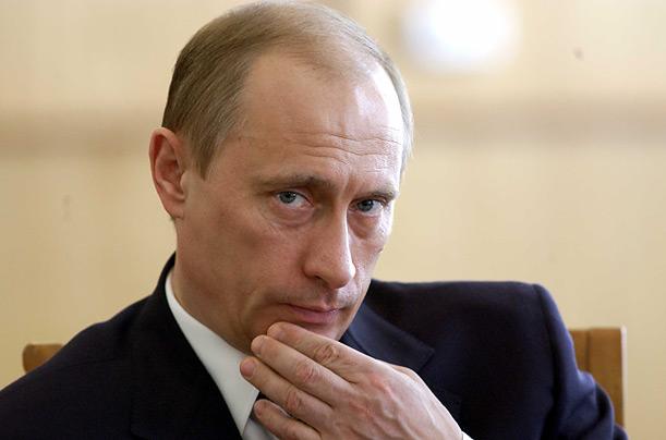العفو تنتقد السنة الأولى لرئاسة بوتين