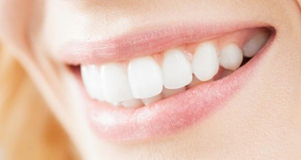 تقنية جديدة تعمل على إعادة بناء الأسنان بنفسها والاستغناء عن الحشو